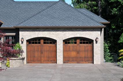 Brama drewniana dwuskrzydłowa